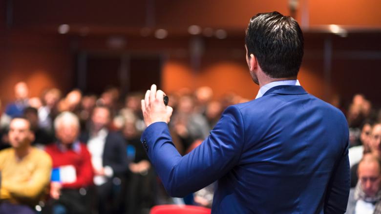 男性占英国牙科会议演讲者60% 以上