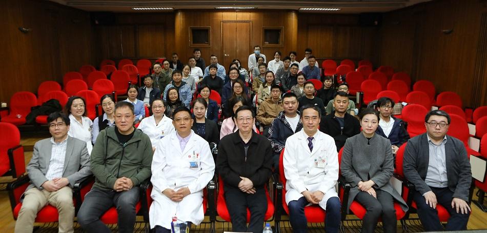 细微之处见知著 — 上海市口腔医学会口腔修复工艺专委会主委 傅远飞 专访
